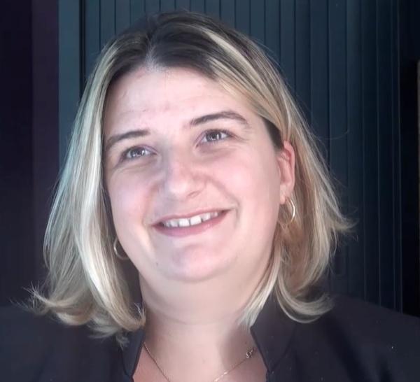 Interview adhérent : Chrystelle Fernandez - Deux mains de plus